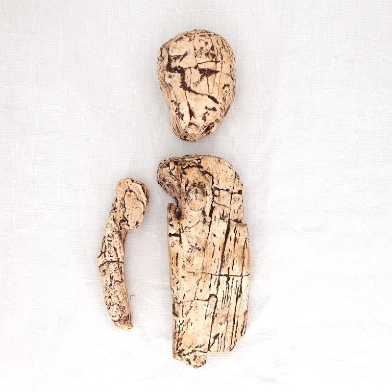 Statuette articulee brno 2