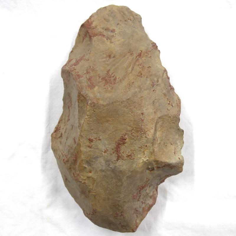 Biface ovalaire, industrie lithique acheuléenne, Grotte du Lazaret (Nice)